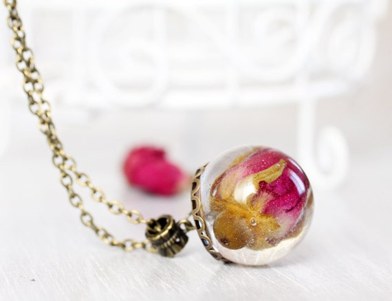 Resin Orb Globe Necklace - Real flower Necklace - Real Red Rose Necklace