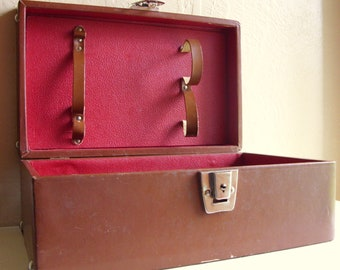 SALE - Vintage Brown Leather Bar Carrying Travel Case Latching Red Interior