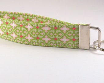 Wristlet Key Fob in Green and Pink