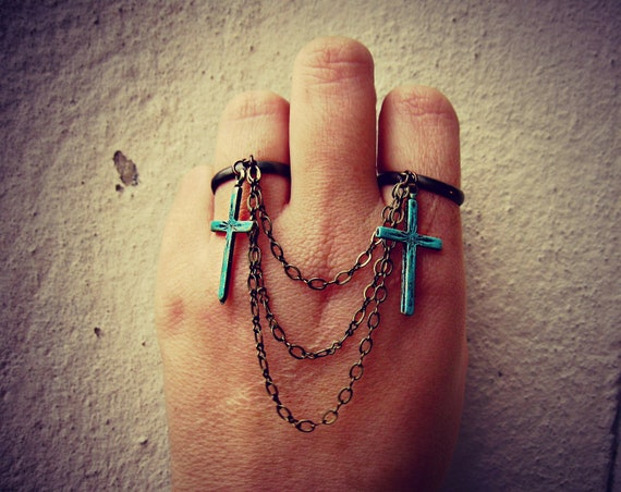 patina cross double ring, turquoise cross, chain rings, connected rings, cross ring, turquoise ring