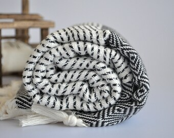 Chevron Pattern Turkish Towel Peshtemal towel in ivory black color Cotton Woven pure soft