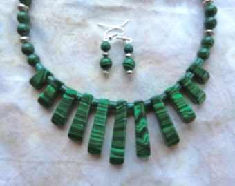 SALE!   17 Inch Grass Green Malachite Calsilica Stick Bead Choker with Earrings