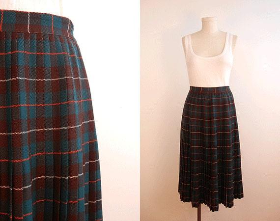 Vintage 1950s Pleated Skirt / Wool Tartan Plaid Pleated Skirt