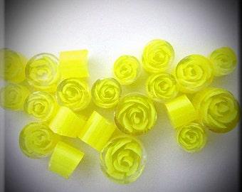 Handmade murrini 104 COE 15 Yellow Rose of Texas murrini By Bernadette Fuentes SRA