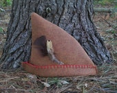 Robin Hood Hat, Felt Handmade Woodsman Hat - Brown Felt, RED TRIM -