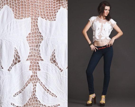Vintage Crochet 70s 80s sheer Top//Fantasic netting//Open Weave//scallop
