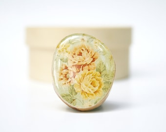 Vintage Floral Rose Wood Statement Ring. Flower Ring. Floral Statement Ring. Wood Statement Ring. Wooden Ring. Wood Flower Ring.