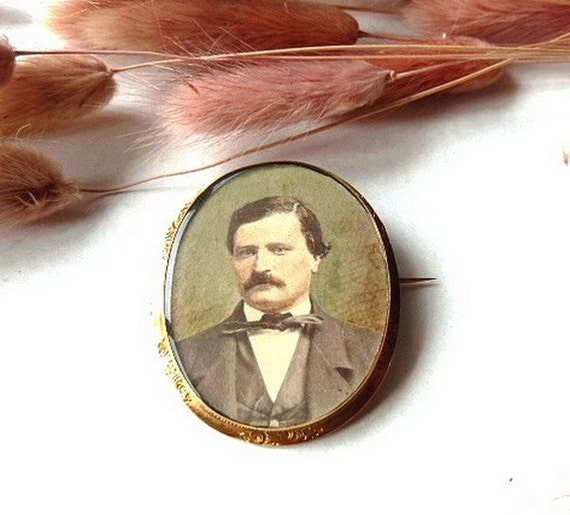 RESERVED for Mike . Antique french vintage brooch pin , miniature, GOLD 18 K .1900s.Jewelry .Christmas gift.