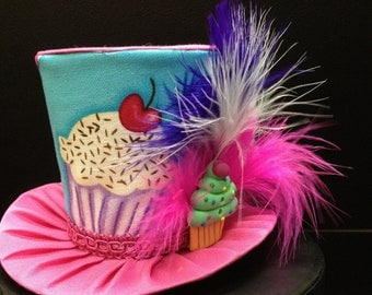 Pink and Turquoise Cupcake Mini Top Hat.  Great for Birthday Parties, Tea Parties, Photo Prop and Much More...