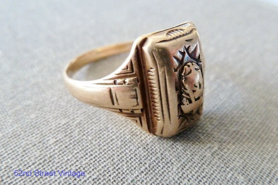 RESERVED for DeLani Vintage Mens 10K Gold Class Ring 1940s Balfour 11.5 Fine Jewelry