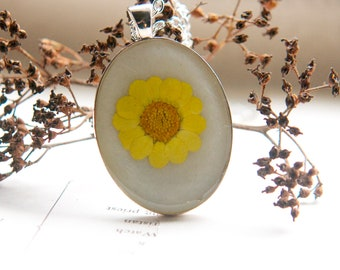 pressed flower necklace unique natural nature resin pendant boho yellow mum daisy necklace