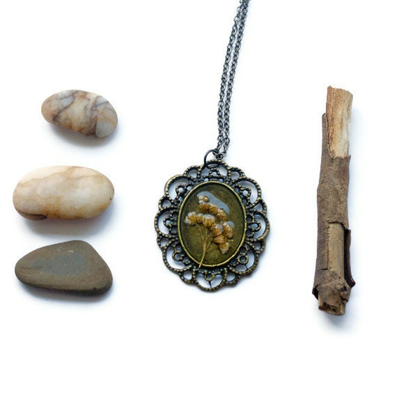 ON SALE. pressed flower necklace resin dried brown wildflower set in resin. oval filigree pendant for summer. prairie.