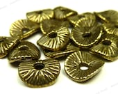 Antique Bronze Wavy Metal Spacer Beads - 20pcs - Textured Rondelle Spacers - 9x8mm - BH5