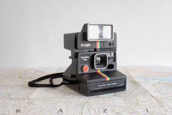 Polaroid OneStep Plus With Q-Light Flash and Case