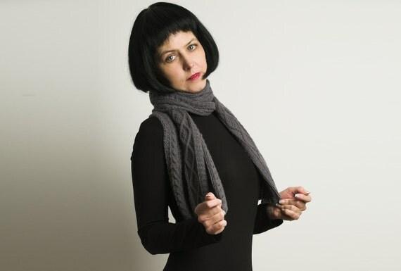 Luxury Cashmere handmade hand knitted grey Scarf, extra fine cashmere scarf for women, echarpe femme, bufanda tejida