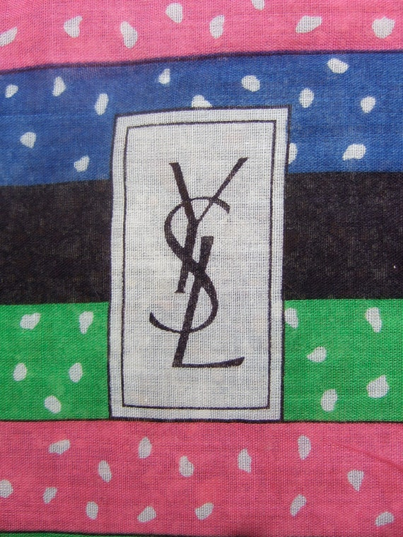 YVES SAINT LAURENT Stylish Large Cotton Print Scarf