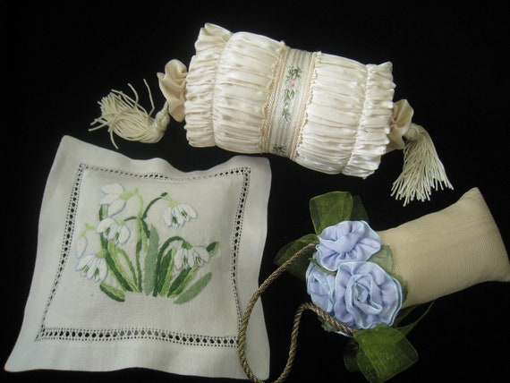 CLEARANCE Vtg Sachets Lot of 3 in super condition with different styles, fabrics and scents