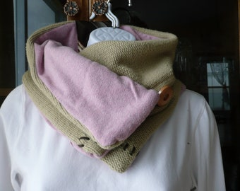 50 % Eco friend, sandy scarf with upcycled sweater in  pink and beige with neck tie on back