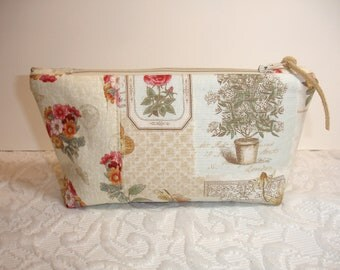 Zipper Pouch - Cosmetic Bag - Tissue Holder Set - Flora and Fauna