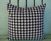 """sale 18"""" X 18"""" black ,white Houndstooth cotton print  Decorative pillow cover-throw pillow-accent pillow"""