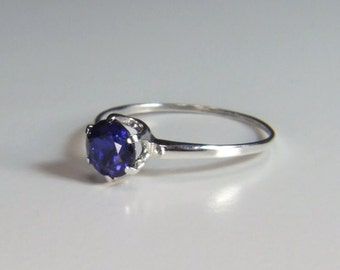 Synthetic Blue Sapphire, 6mm x 1.08 Carats, Round Cut, Sterling Silver Ring