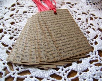 Christmas Gift Tag with Text Luke 2 Brown Kraft Favor Label with Scripture Rustic Primitive Holiday- Set of 8