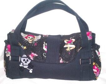 Glitter skull and bones purse (ChrisW Designs)