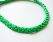 HEADBAND of GREEN braided elastan lycra yarn and wood bead lock