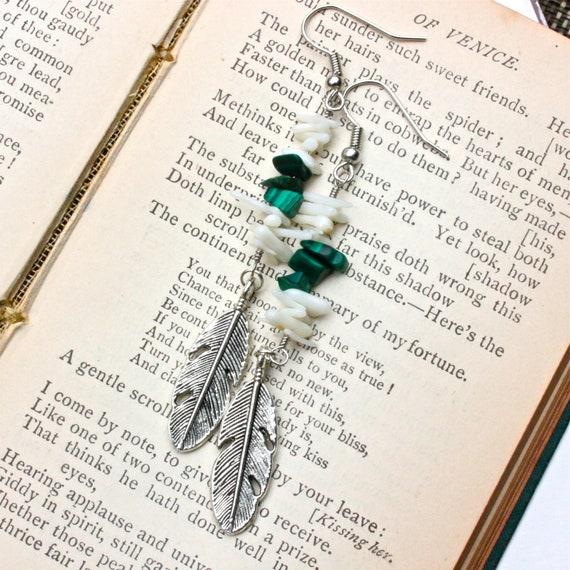 Southwestern Feathers // Deep Green Earrings // Green Feather Earrings // Silver Dangle Feathers Fashion Earrings Tribal