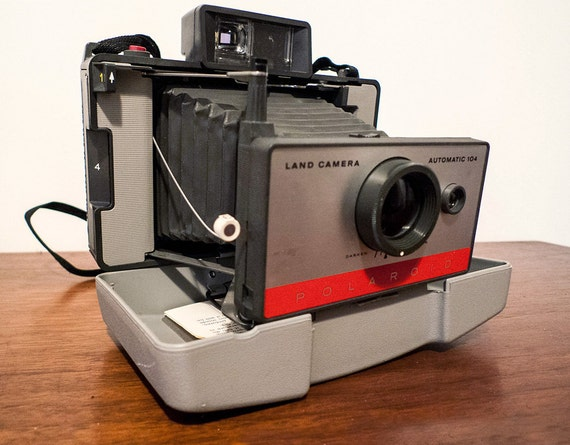 Polaroid Land Model 104- RESERVED FOR Jimmie Archer