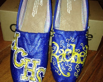 Custom and Personalized Cheerleading Toms