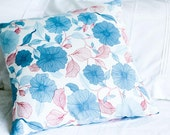 Pillow Cover - Graphic Flowers