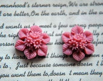 10pcs resin flower    Cabochons  pendant finding  RF070