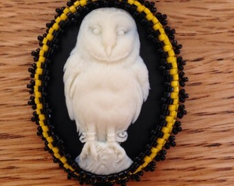 Bead Embroidered Resin Owl Cameo