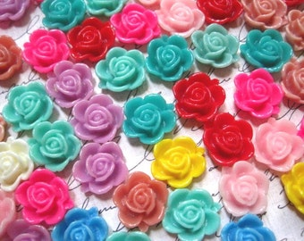Cabochon Flower / Resin Flower Cabochons 24 pc Mixed Lot 15mm Resin Dahlia Mum Cabochon ....Perfect for Rings, Bobby Pins and more