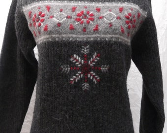 vintage, Woolrich cowl neck snowflake sweater size S