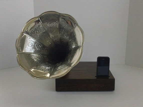Acoustic  iPhone Speaker Dock w/ Ornate Silver Antique style reproduction Phonograph Horn and Dark Walnut Stain