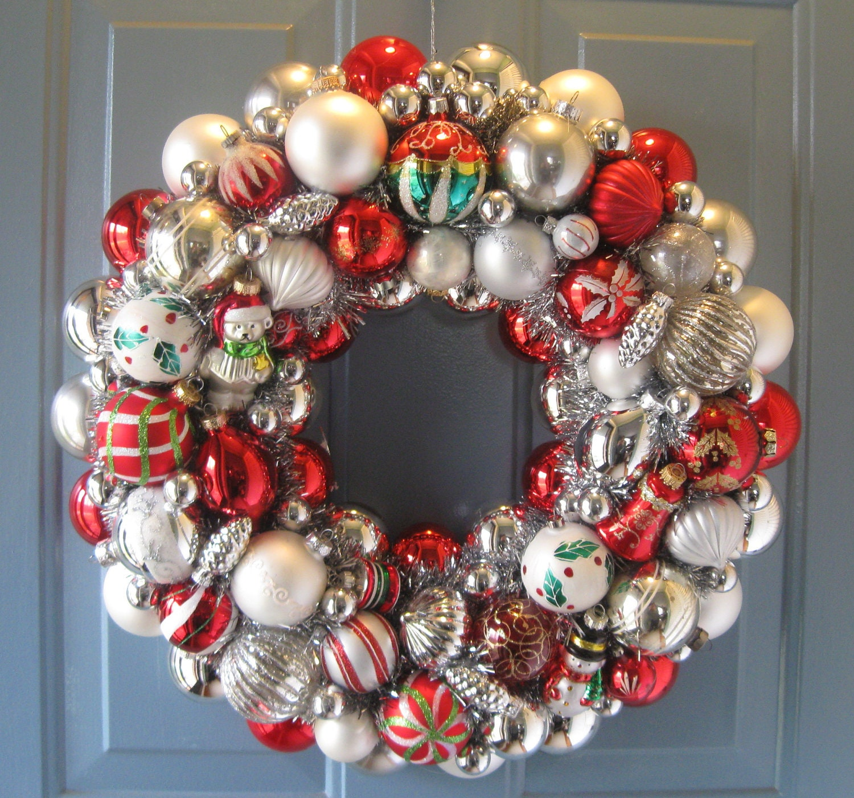Vintage Christmas Ornament Wreath Snowman Polar Bear