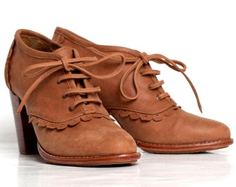 LACE. Leather oxford shoes / oxford shoes women / leather oxfords / leather booties. Sizes US 4-13. Available in different leather colors.