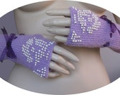 Fingerle gloves,winter accessory, knit accessory,girl/ women gloves, purple Fingerle gloves, beads gloves.