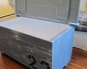 Coffee Table Trunk , Storage Trunk, Rustic Coffee Table