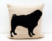 Pug pillow cover - beige and black - dog pillow - decorative pillow - sofa pillow - cojín del sofá - almofadas, cushions