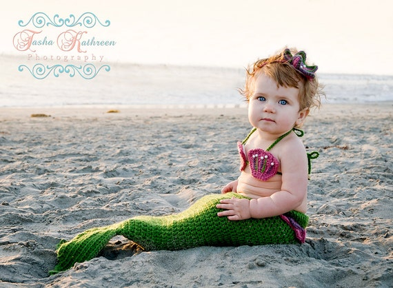 Crochet Mermaid Tail, Newborn Photo Prop 3 Piece Set 0-3 and 3-6 months.