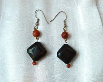 VINTAGE Earrings Black Onyx and Goldstone Pierced