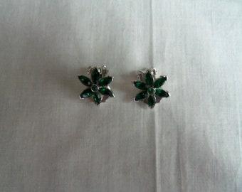 Vintage Pell Green Glass Ear Clips