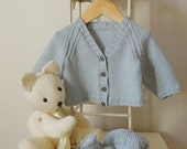 Baby Sweater / Cardigan with matching shoes - P030