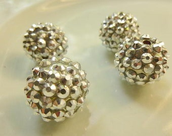 4 Basketball Wives Silver Resin Ball Bead 18mm
