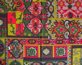 Vintage 60s VHY Hawaiian Fabric Bright Red Olive and Dark Avocado Green Psychedelic Paisley Mod Boho Print Bark Weave Blend BTY CBF