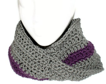Womens Cowl Scarf, Gray Neckwarmer, Gray Mobius Cowl, Neck Scarf, Winter Fashion Cowl, Man Winter, Crochet Gray Cowl, Grey Cowl, Man Knit