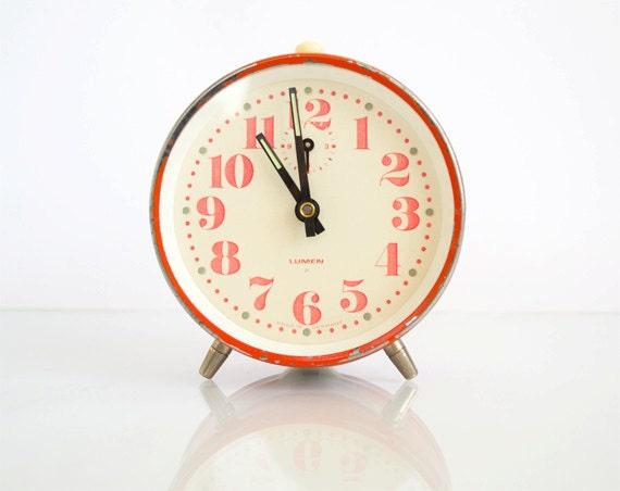 Vintage Mechanical Red Alarm Clock Lumen